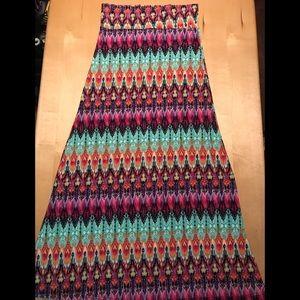 EUC Colorful Pattern Boho Tribal Maxi Skirt S/M